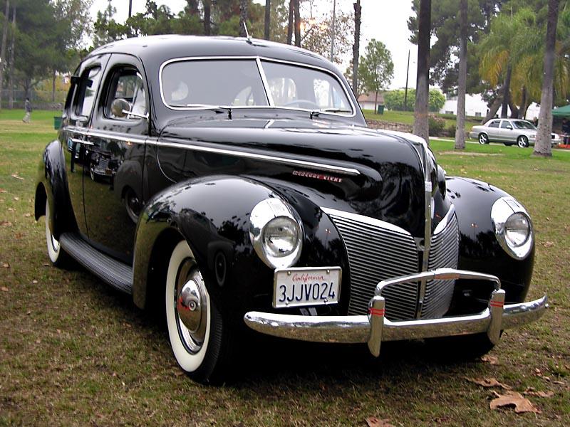 Mercury Eight 8 Town Sedan
